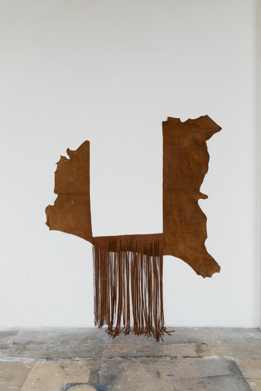 77 Cuts, 2018, Leder, 247 x 194 cm