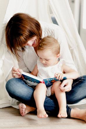 photographie maman enfant, familles, reportage et portrait de famille par une photographe professionnelle