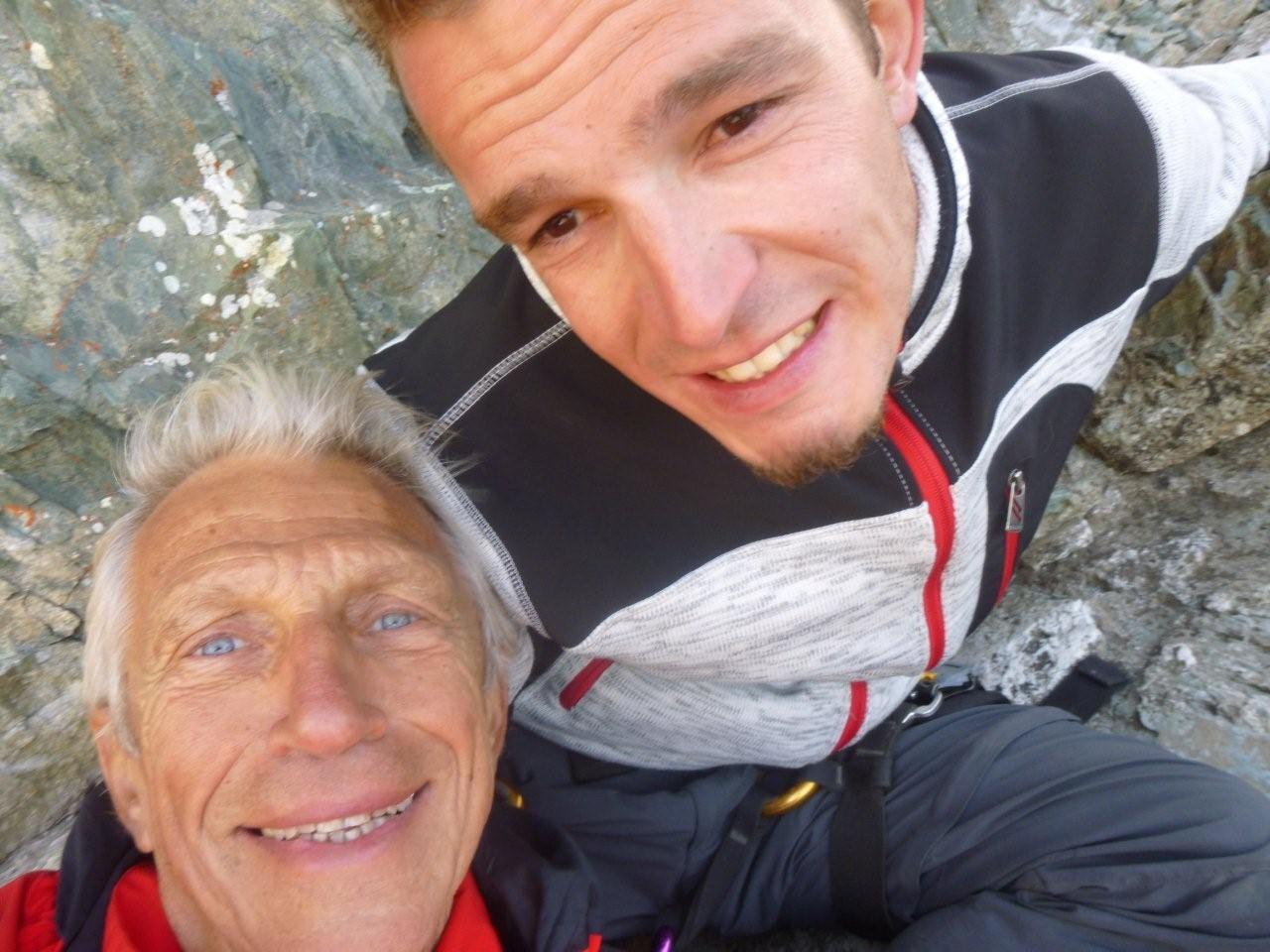 """""""Selfie"""" du Père et du fils devant un magnifique paysage . . ."""