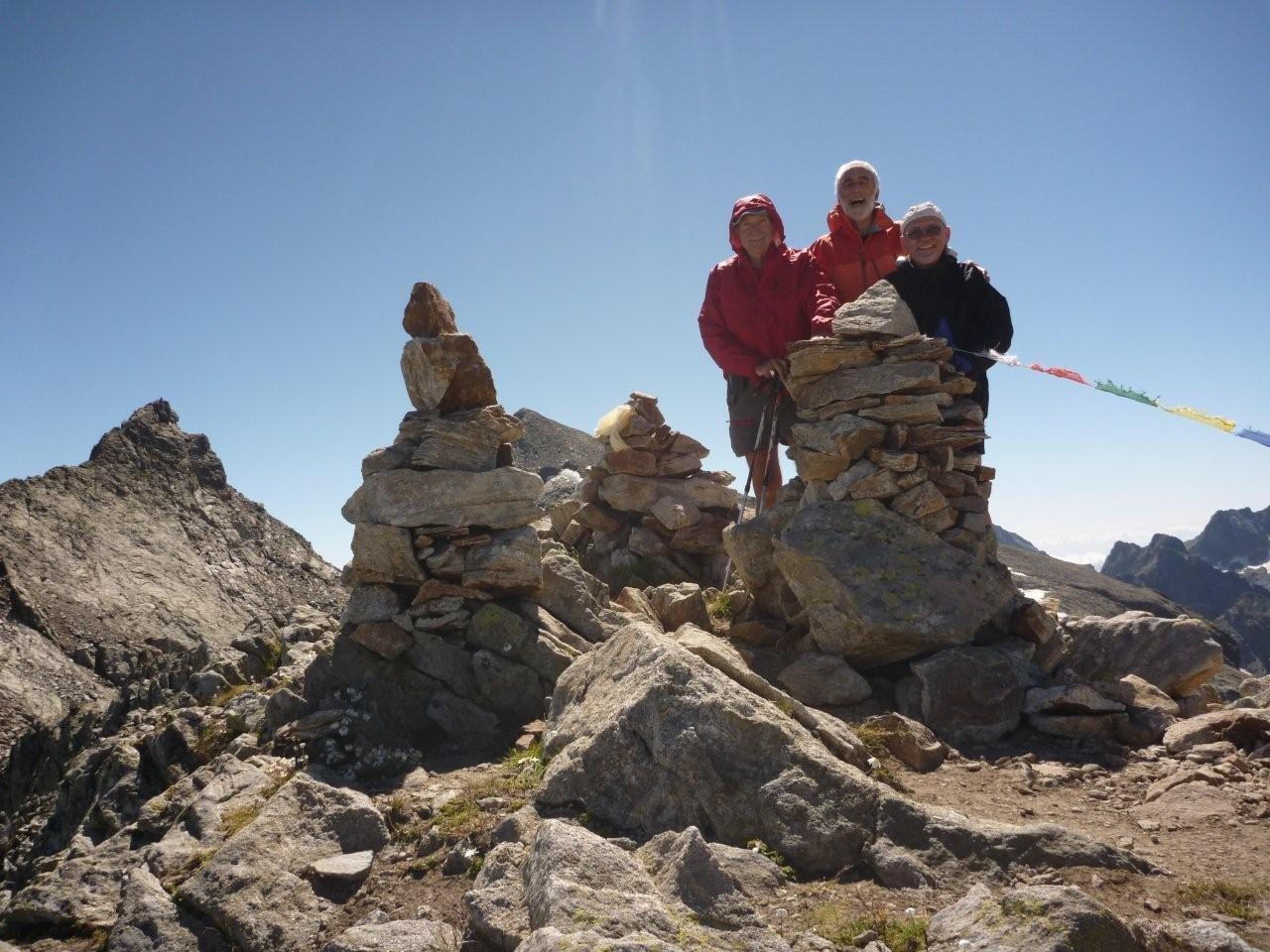Au sommet Avec Peyrabroc (2947 m) et Clapier (3045 m) en arrière plan