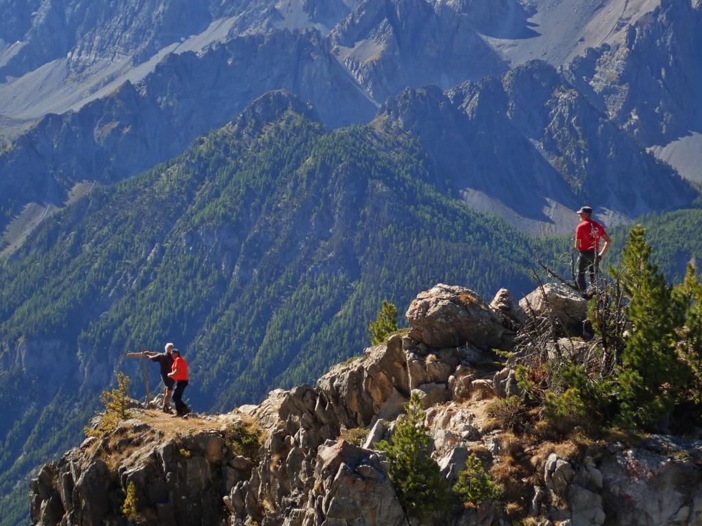 Crête du Chateau Jean Grossan (2371 m)
