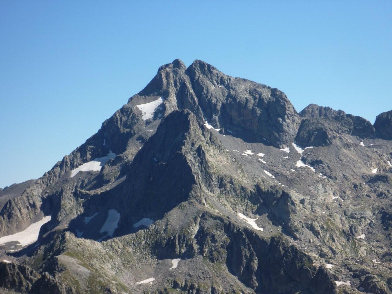 Le Gélas (3143 m) versant W