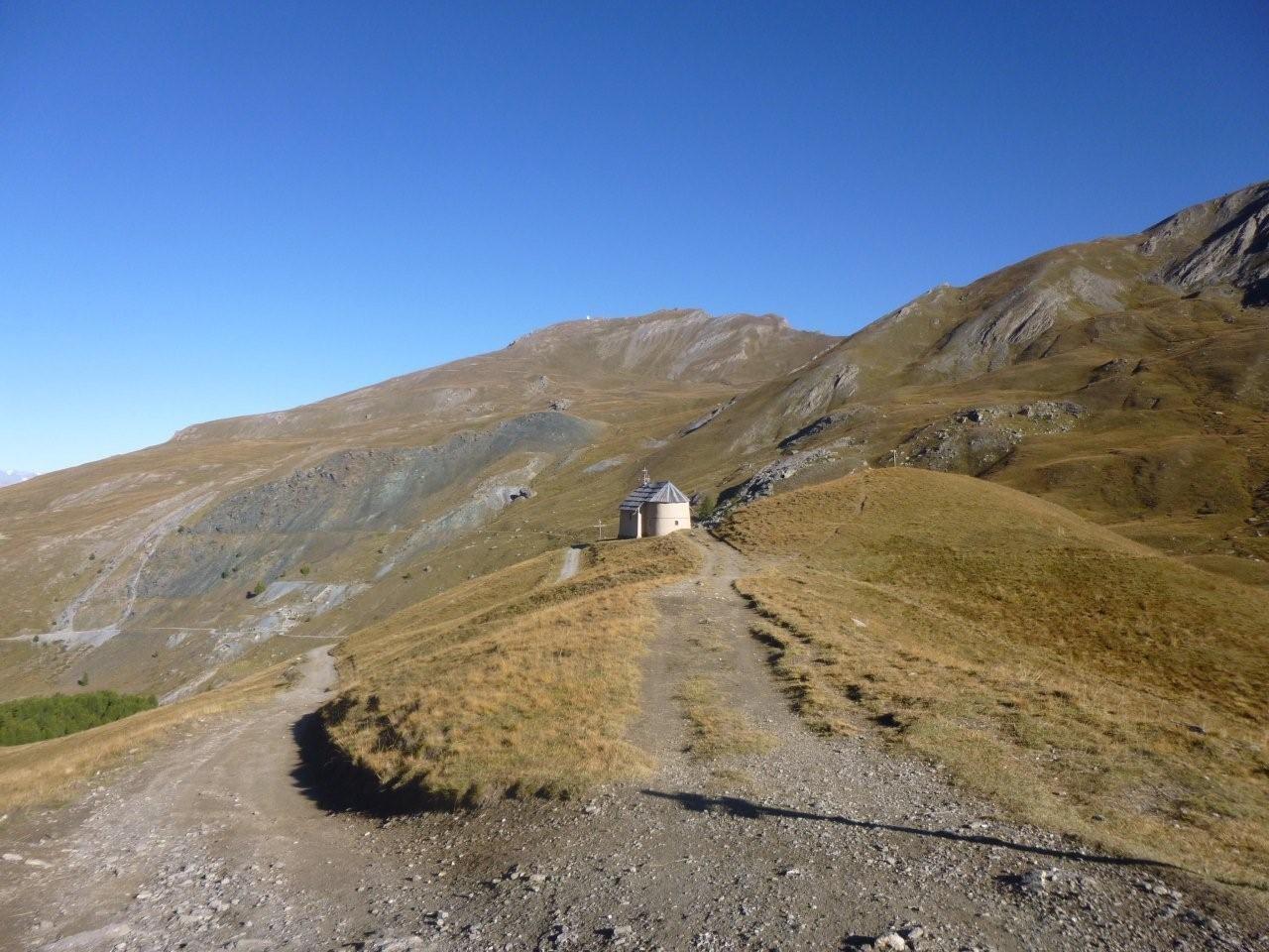 Lundi 22: Chapelle de Clausis (2903 m)