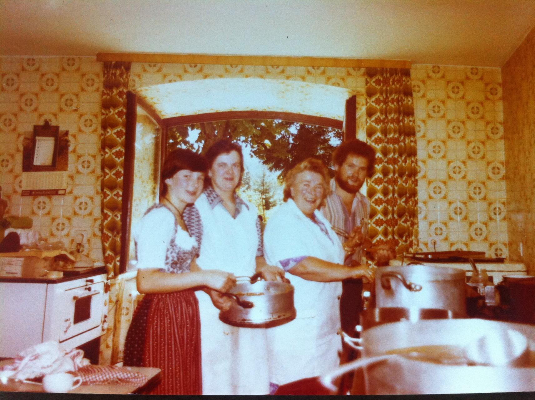 Küchen und Service Team Sommer 1978