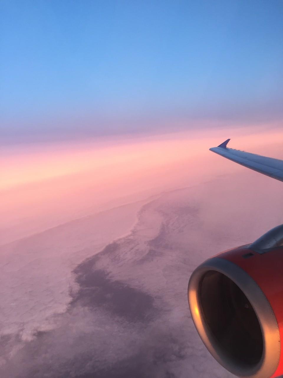 Sonnenaufgang auf dem Weg von Kopenhagen nach Zürich...