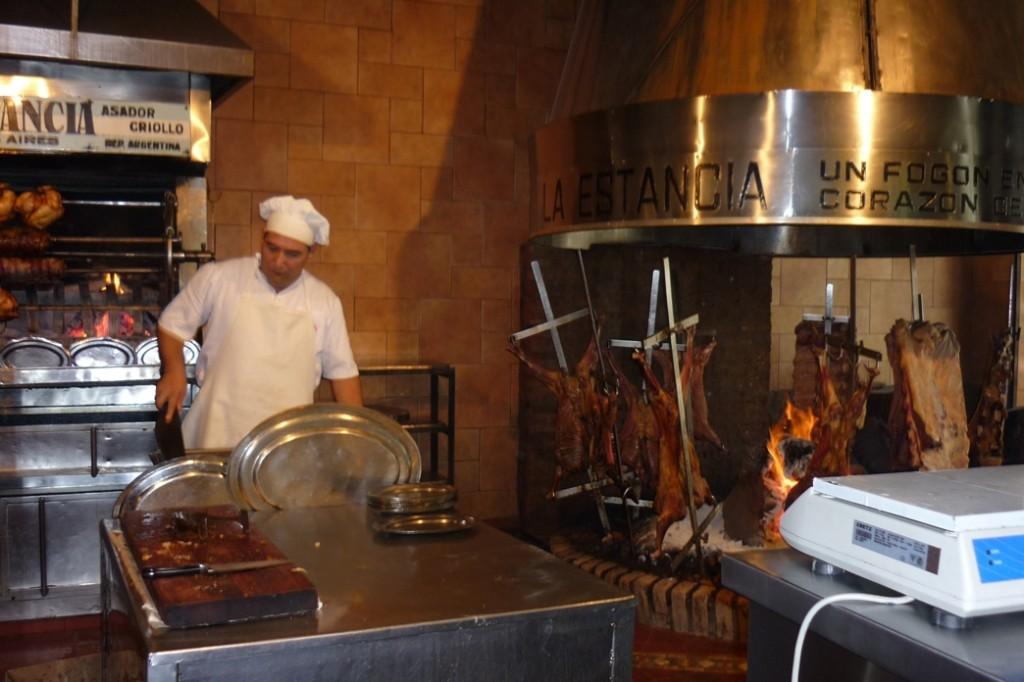 "Calle La Valle - Restaurant ""La Estancia"""