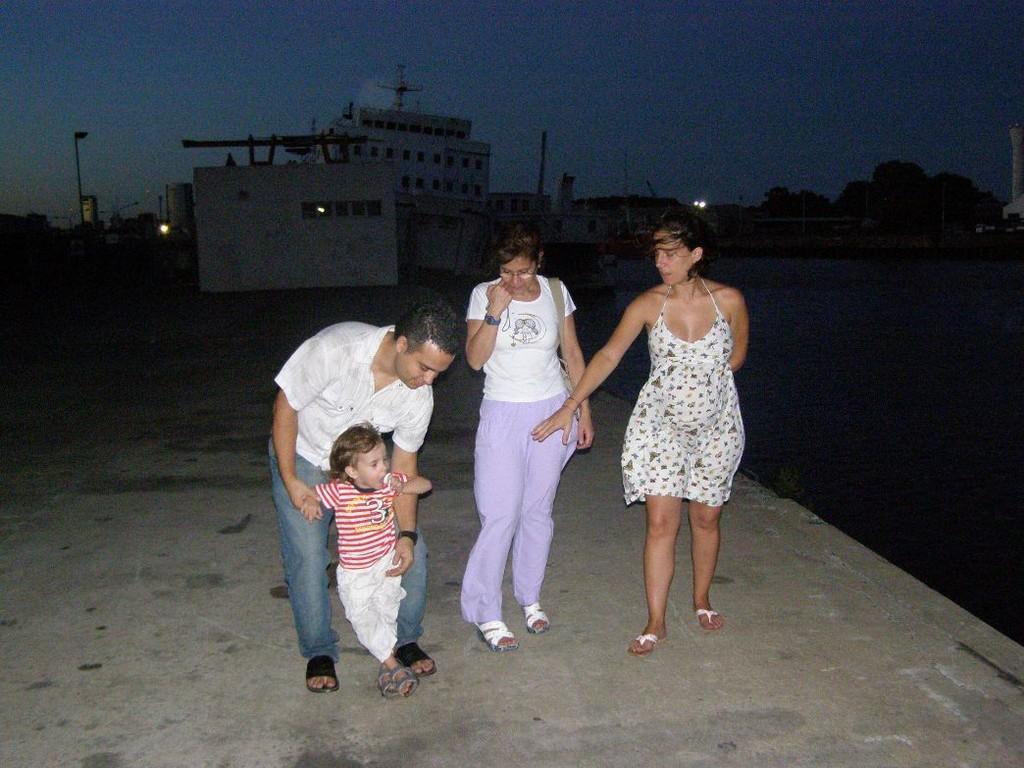 SUL MOLO (Martin, Galo, Cristina, Yvonne)