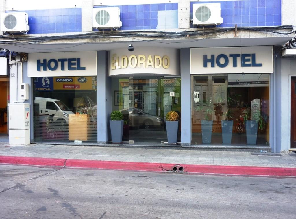 L'albergo dove abbiamo allpggiato 3 giorni: piccolo, semplice ma bello, accogliente ed economico
