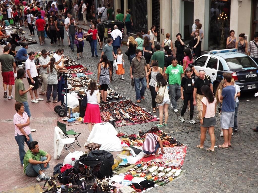 12.12.2011 - Mercato della domenica - Mercado del domingo - Sunday market.