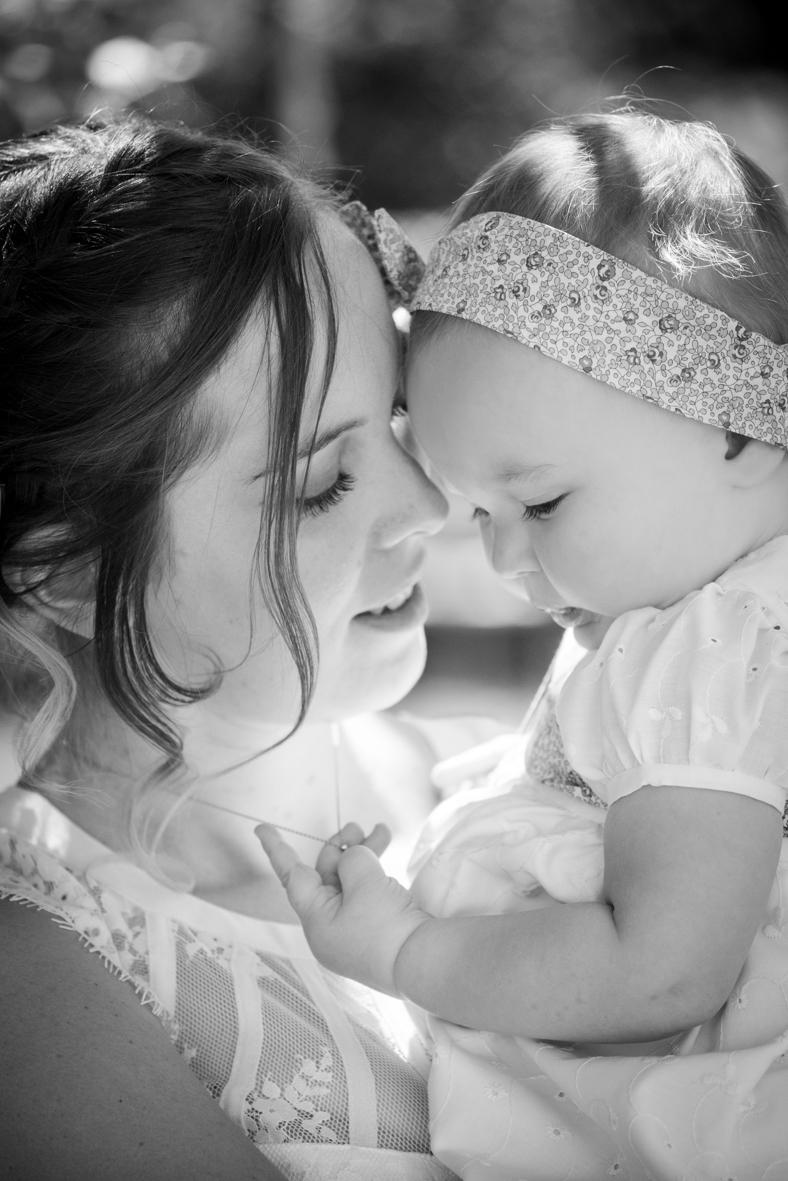 closeup / câlin avec maman