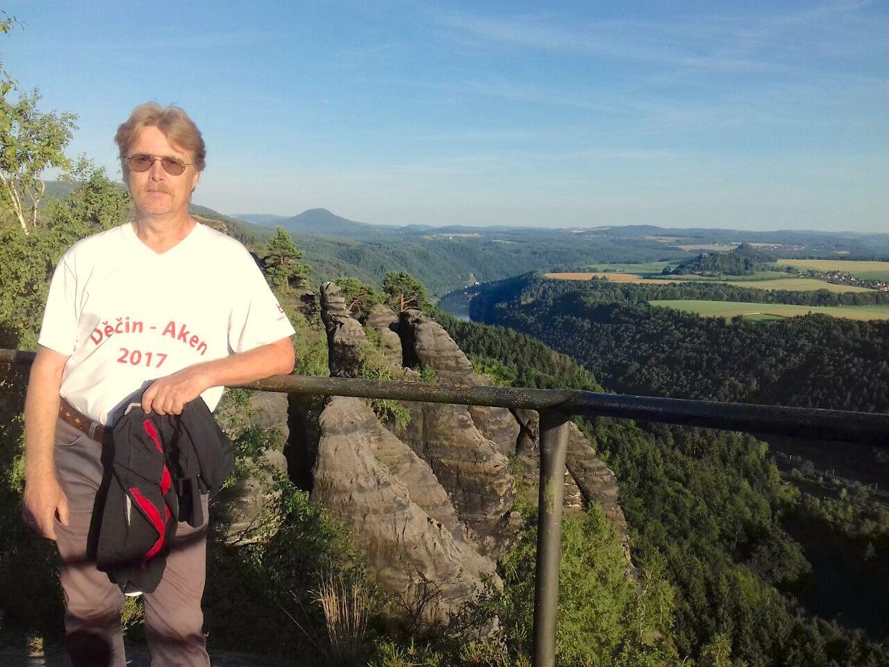 Schrammstein-Aussicht ins Elbetal