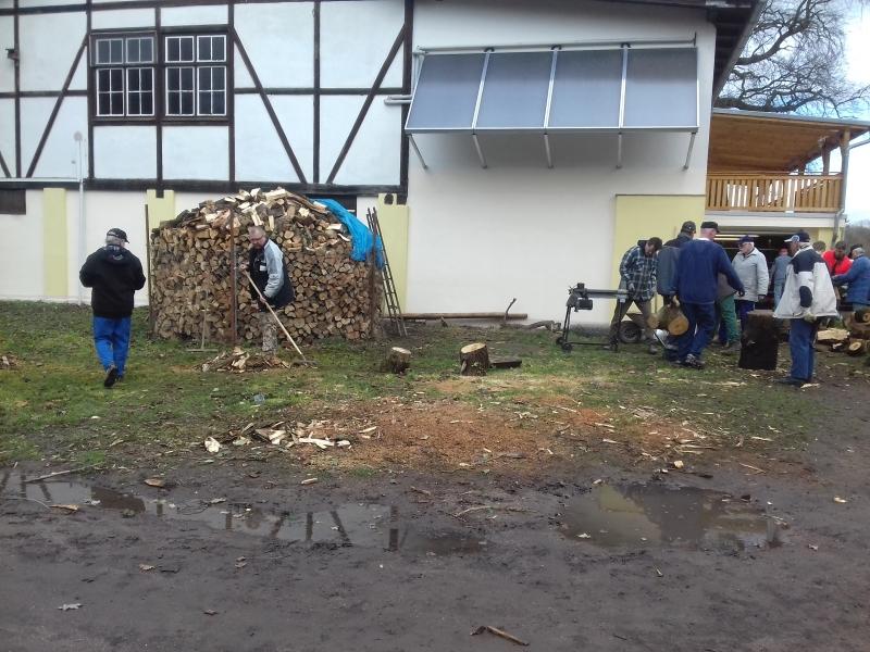Wo ist all das Holz geblieben? Kann es wohl in der Miete liegen?