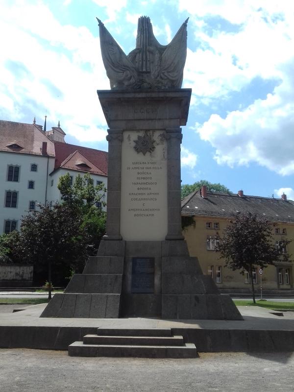 Denkmal eines denkwürdigen Treffens