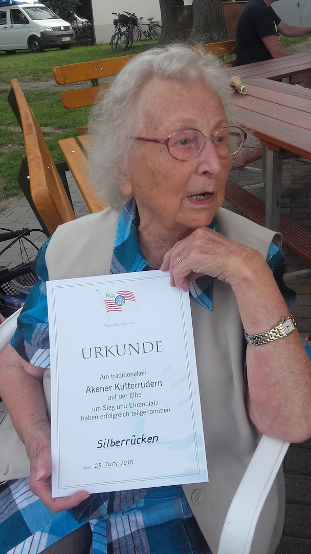 Sportfreundin im Ruhestand (1960/61 Teilnehmerin der Muldefahrt)