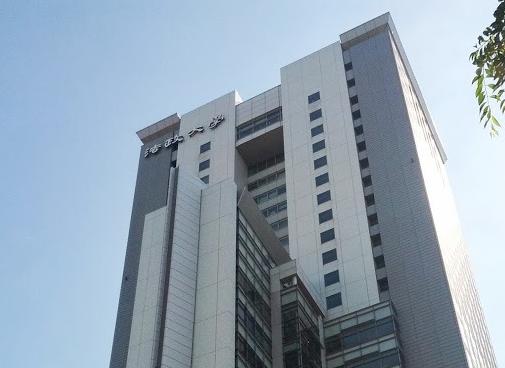 法政大学 市ケ谷キャンパス ボアソナードタワー