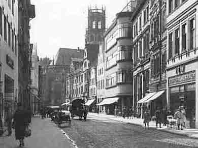 1937 - Stadtauswärts, rechts Hettlage