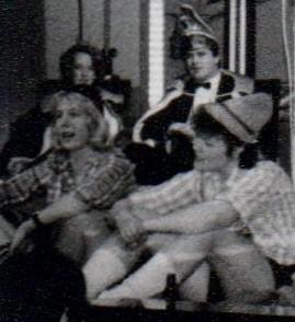 1989 Prinzessin Claudia Wunderlich und Prinz Erfurt, im Vordergrund zwei Alte von der Burg