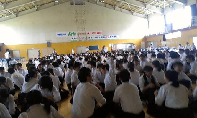 山潟小学校(新潟市)での職業講話の様子