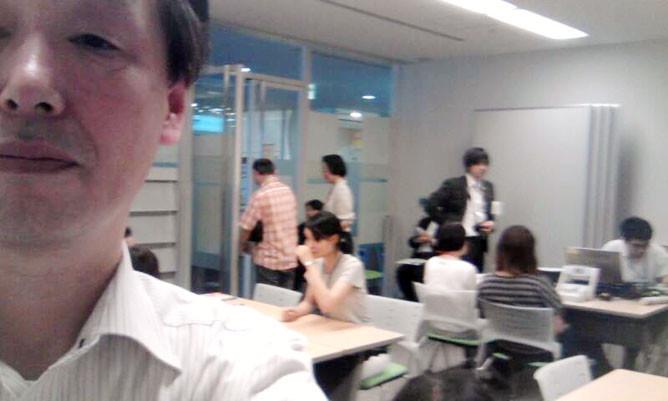 東京入国管理局(品川)で外国人向けの相談員を勤める国際行政書士 南 直人