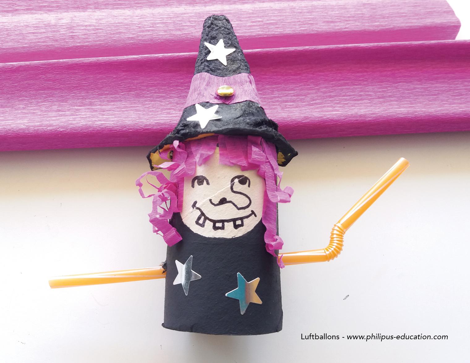 Wer mag, kann das Gewand und den Hut der Hexe mit Sternen dekorieren