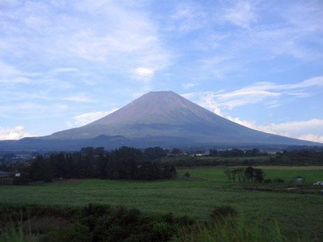 富士山は2013年6月 世界文化遺産に登録されました。