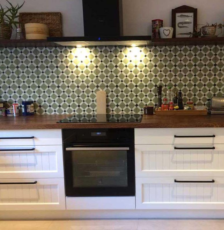k chen southern tiles mediterrane wand und bodenfliesen. Black Bedroom Furniture Sets. Home Design Ideas