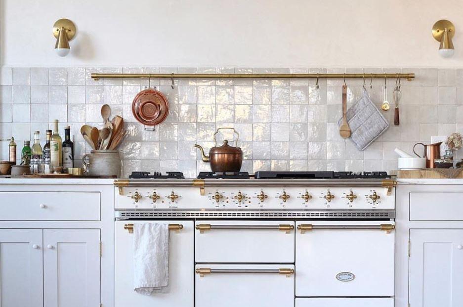 Zelliges, handglasierte Terracotta 10x10 cm, Farbe: blanc