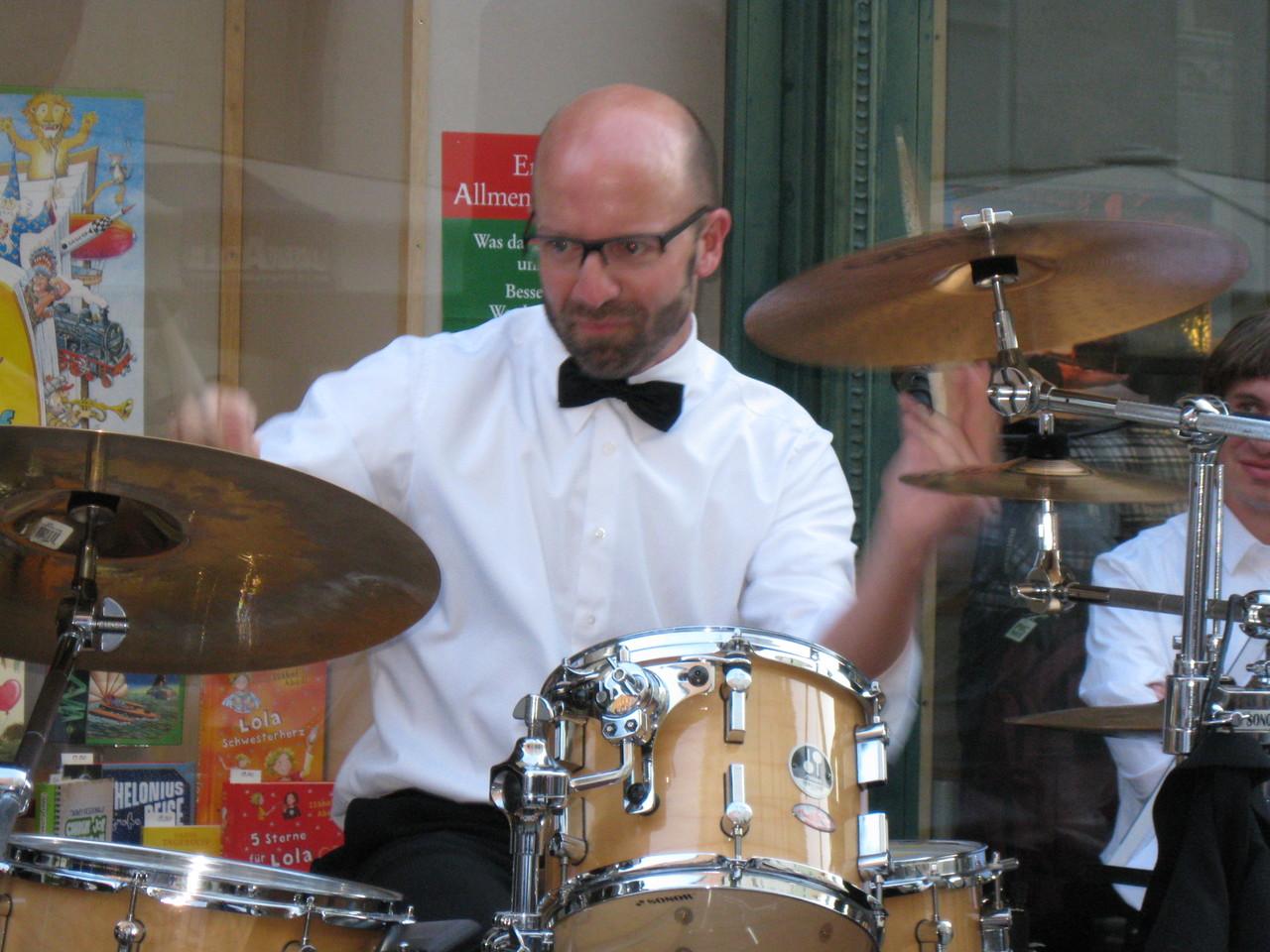 Und nochmals Schlagzeugsolo