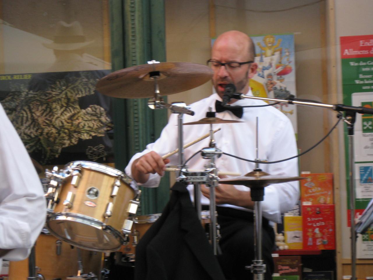 Hannes Widman am Schlagzeug