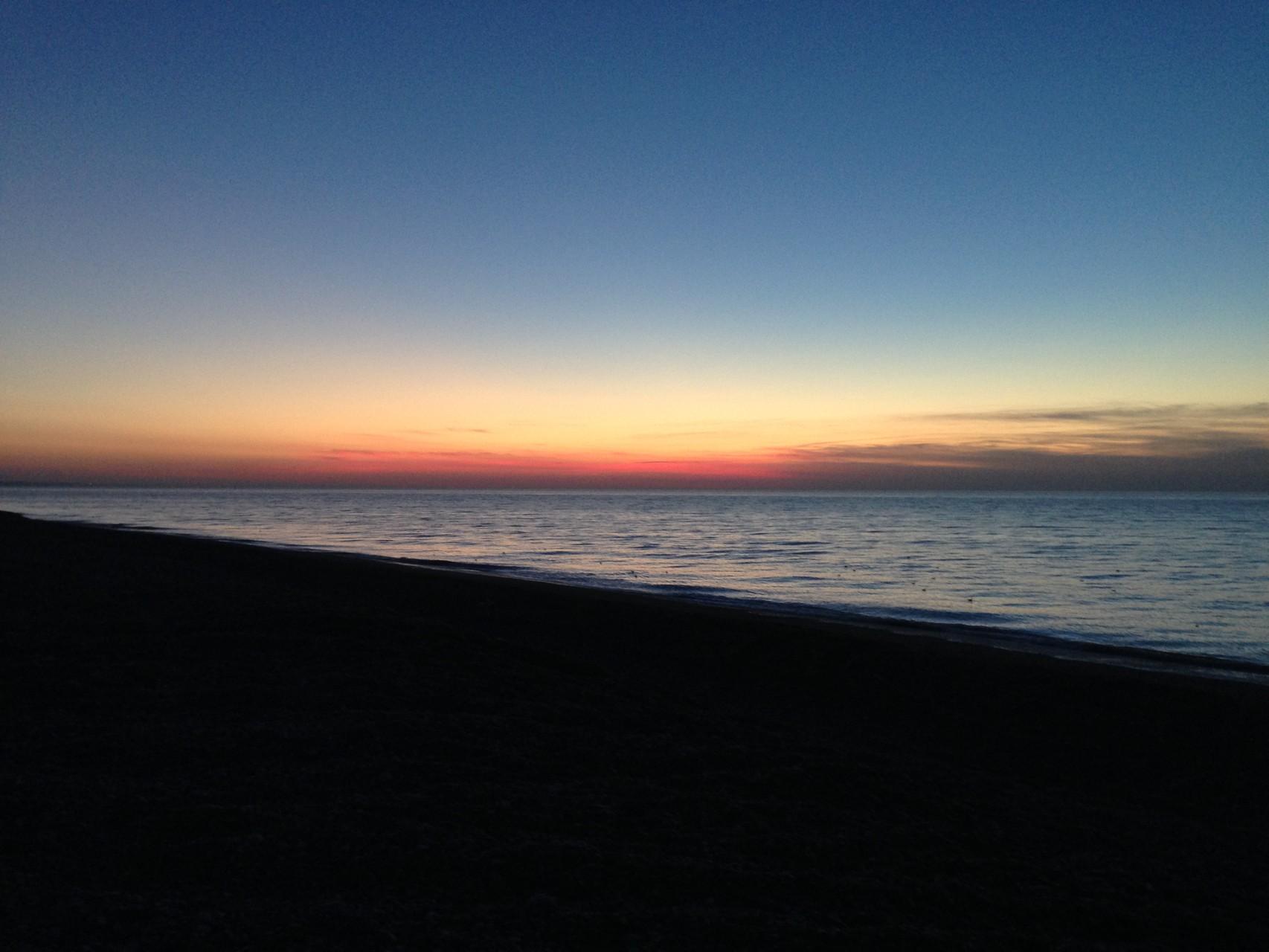 Coucher de soleil au bord de mer ©milou-en-baie