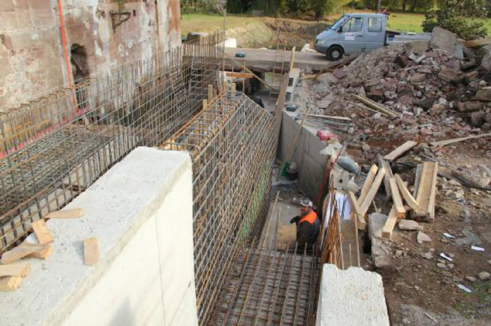 Eisen satt. Insgesamt wurden über 20 Tonnen im Wasserbereich verbaut. Aufgenommen am 26.10.12