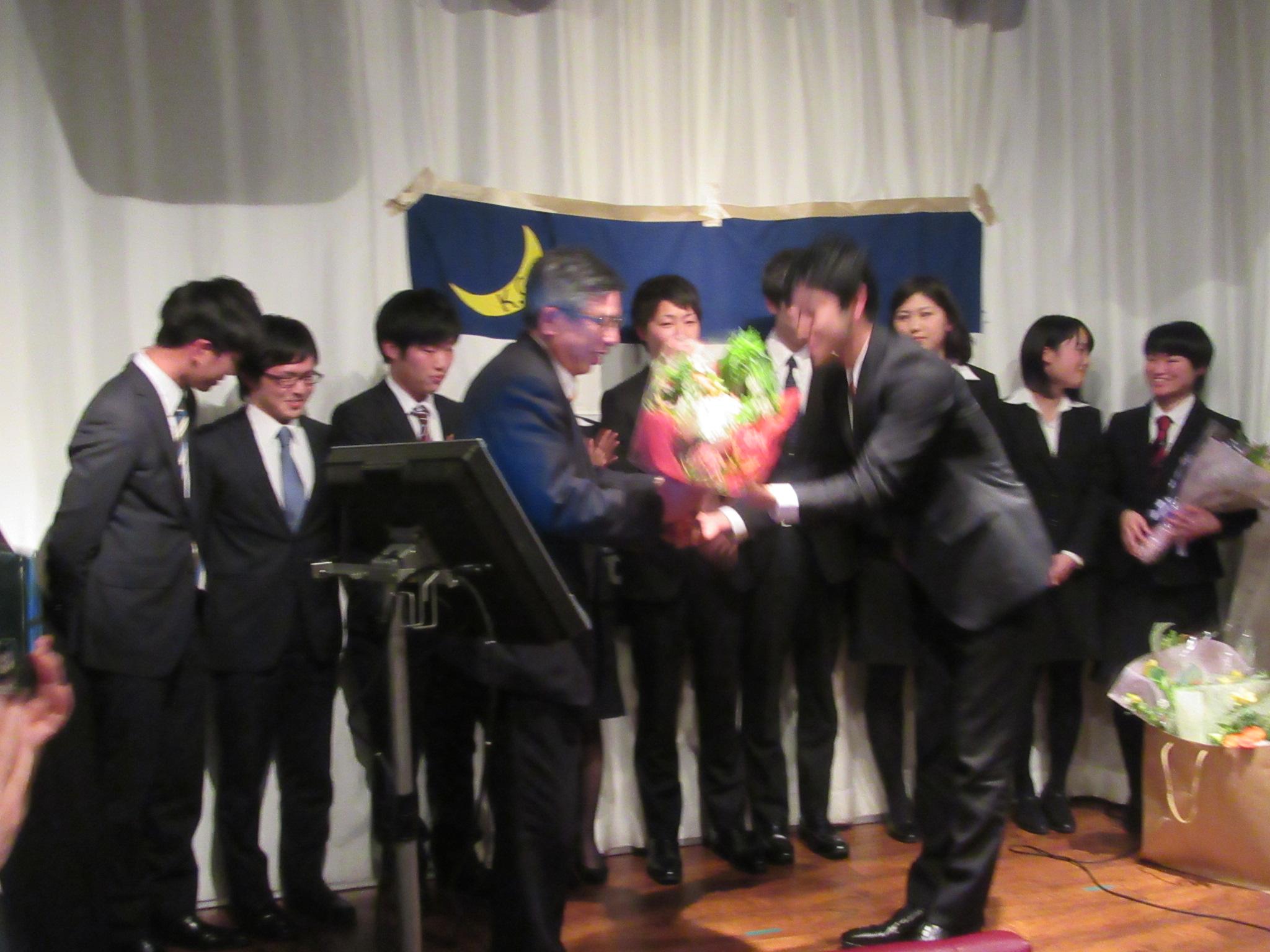 芝田先生はご定年で学院をご退任されます 大変お世話になりました