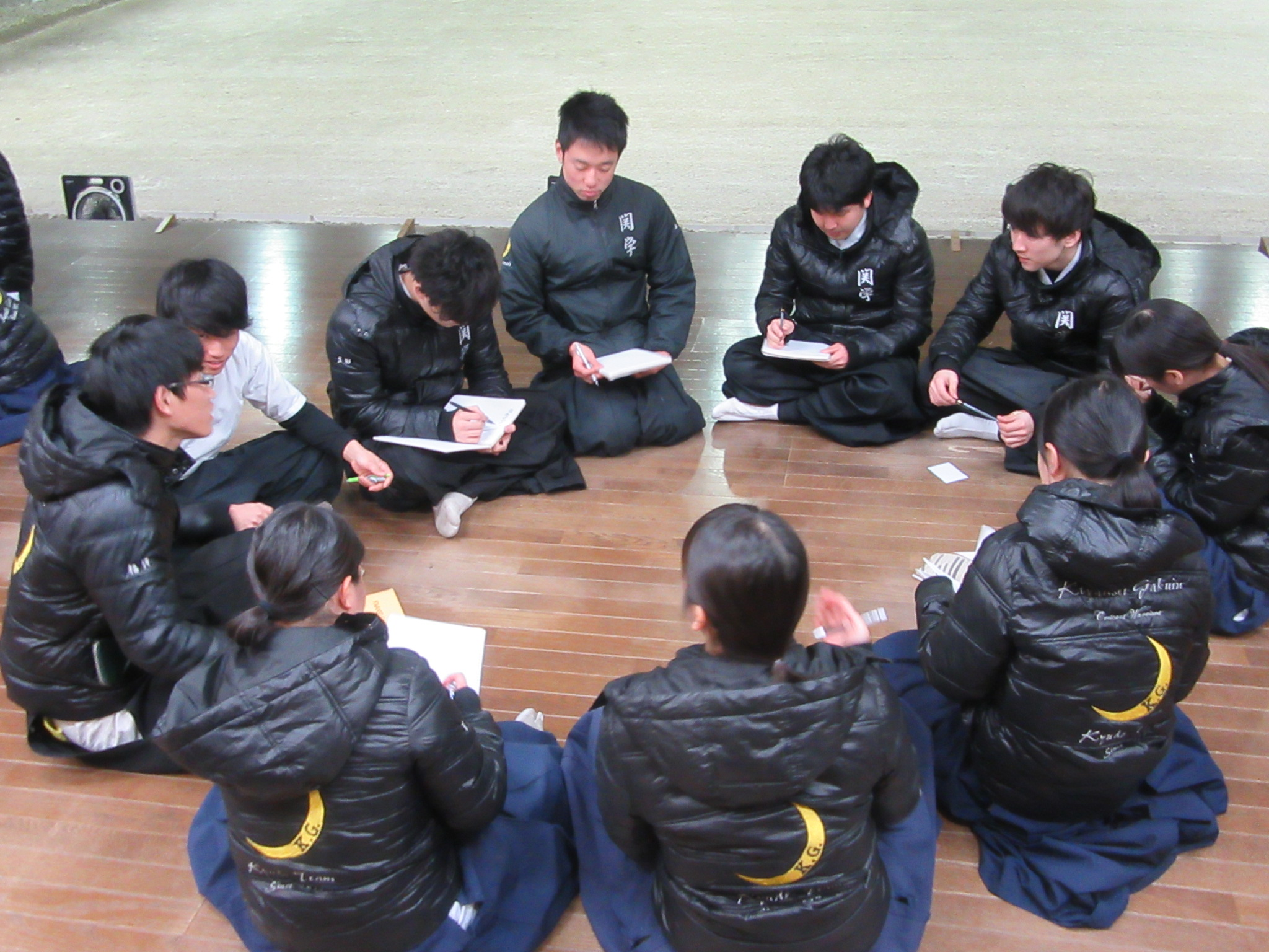 学年別ミーティング 新3年グループ