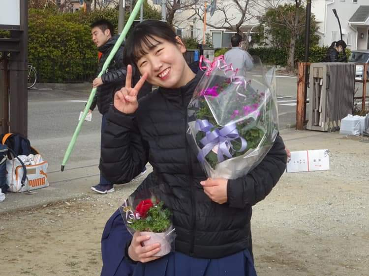松林(文1)が女子で唯一皆中賞を獲得、同時に正鵠賞も受賞