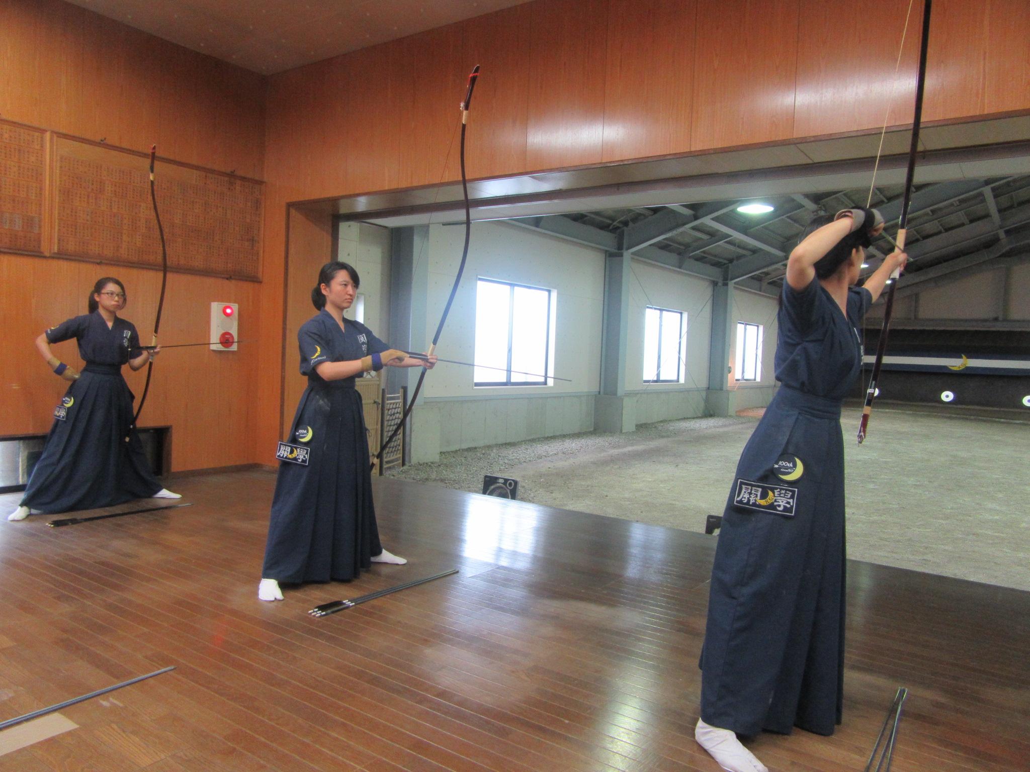 関学Aチーム 金子(1) 岡田那(2) 東田(4)