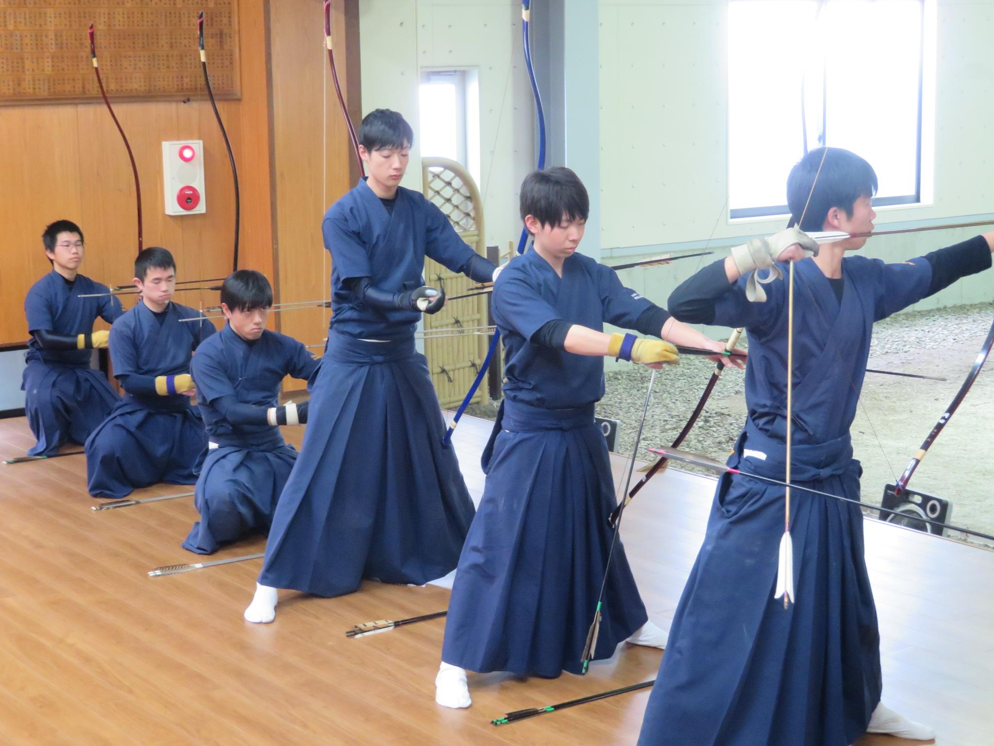 岡山商科大学(予選通過)