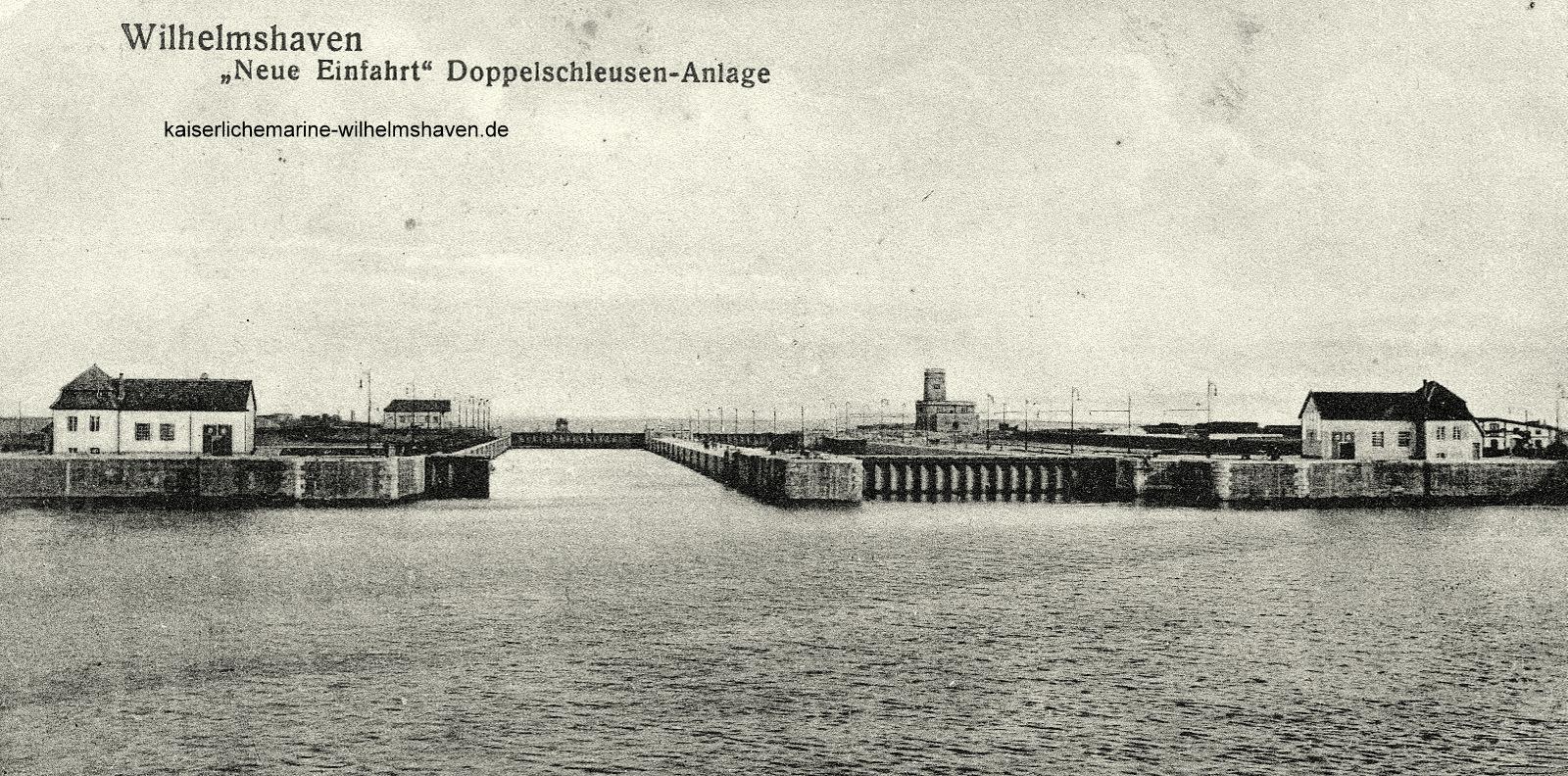 Ansicht von West, Ausrüstungshafen; mit geöffneter Nordkammer