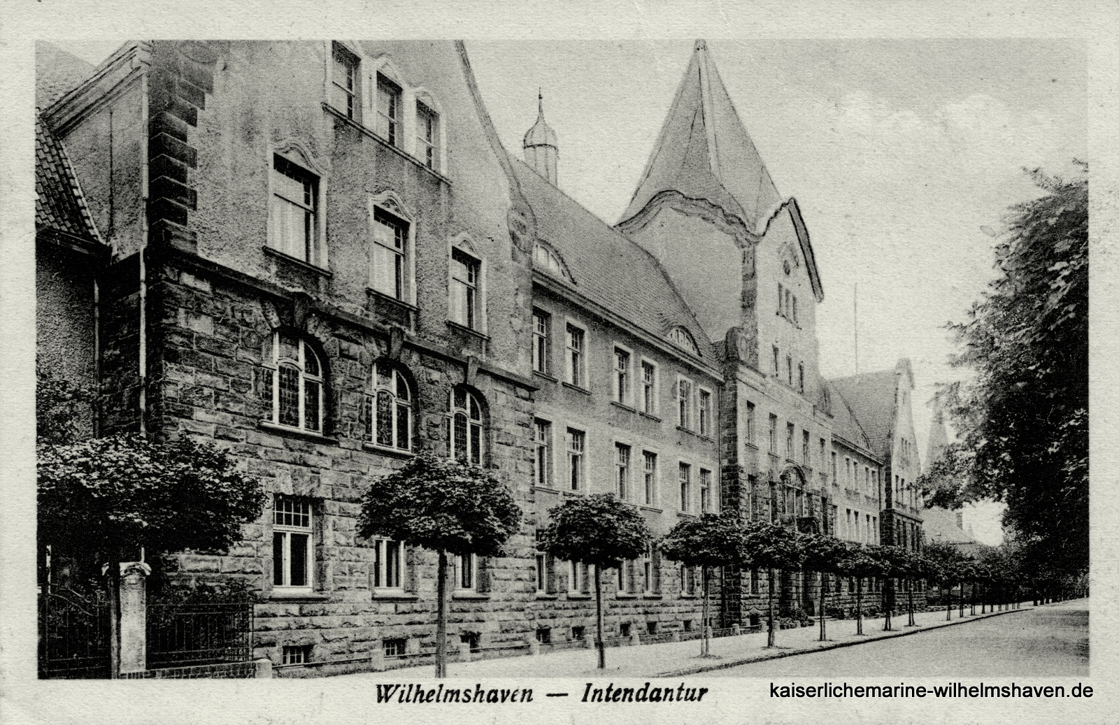 Südwestansicht von der Peterstraße/Ecke Parkstraße
