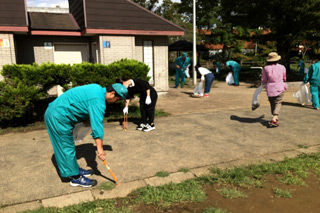 千葉県トラック協会による道路清掃