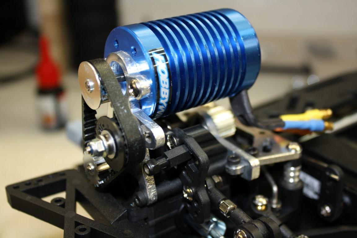 Montage vom Antriebsmotor