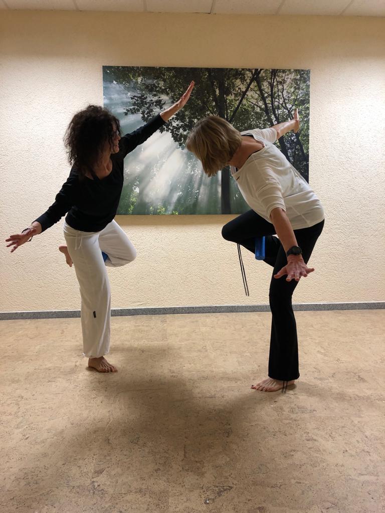 """""""FASZIO und Yoga"""" – Moderne trifft Tradition, Workshop mit Heike"""