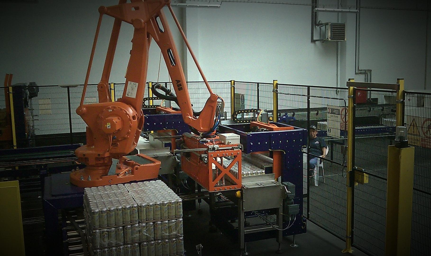 Pack en pallethandling middels robot