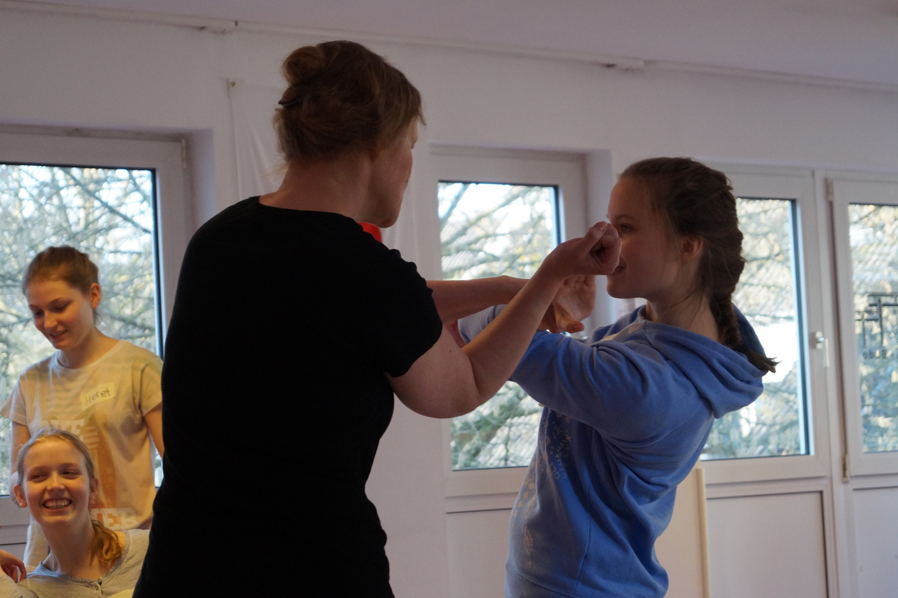 Selbstverteidigung für Mädchen und Frauen - Frauenselbstverteidigung - Bochum - Herne - Gelsenkirchen
