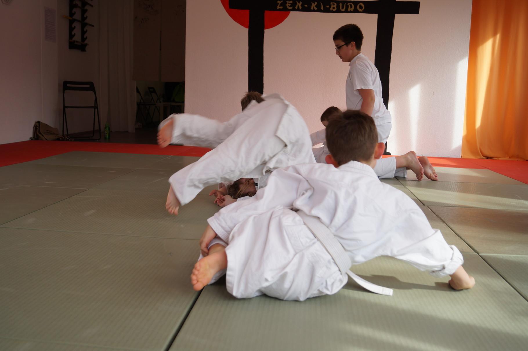 KampfMäuse - Sport für Kinder von 4 - 9 Jahren - Selbstbehauptungstraining und Kinderturnen in Herne und Wanne-Eickel