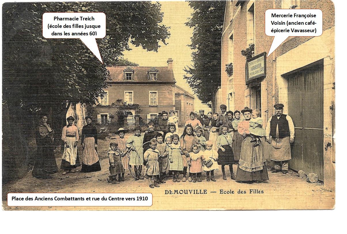 Ecole des filles vers 1910 (Carte postale ancienne)