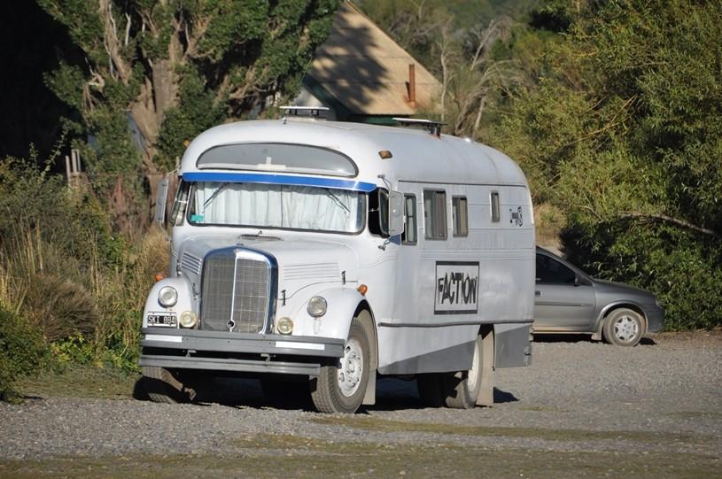 Argentinischer Reisebus (alter Mercedes 1112)