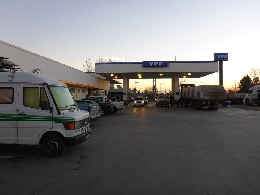 Schlafplatz bei YPF Tankstelle