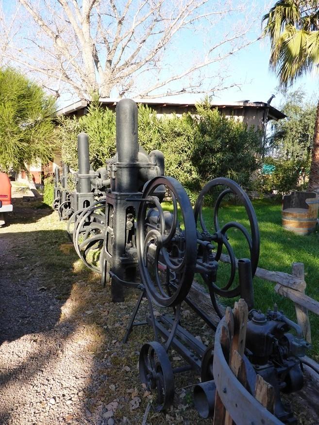 Alte Maschinen zur Weinherstellung