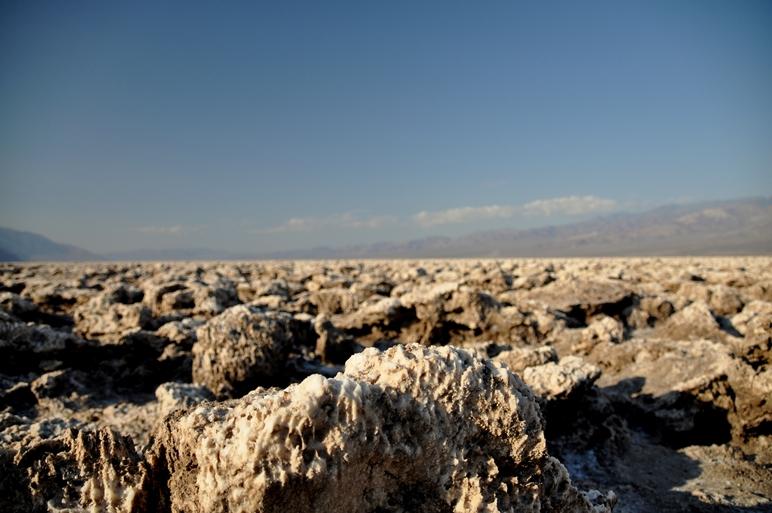 Badwater Salzsee auf -85 Meter unter dem Meeresspiegel