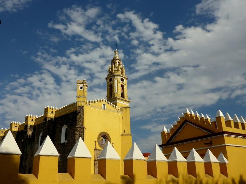Eine der vielen Kirchen in Cholula